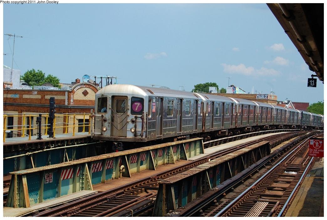 (353k, 1044x701)<br><b>Country:</b> United States<br><b>City:</b> New York<br><b>System:</b> New York City Transit<br><b>Line:</b> IRT Flushing Line<br><b>Location:</b> 52nd Street/Lincoln Avenue <br><b>Route:</b> 7<br><b>Car:</b> R-62A (Bombardier, 1984-1987)  1666 <br><b>Photo by:</b> John Dooley<br><b>Date:</b> 6/27/2011<br><b>Viewed (this week/total):</b> 0 / 989