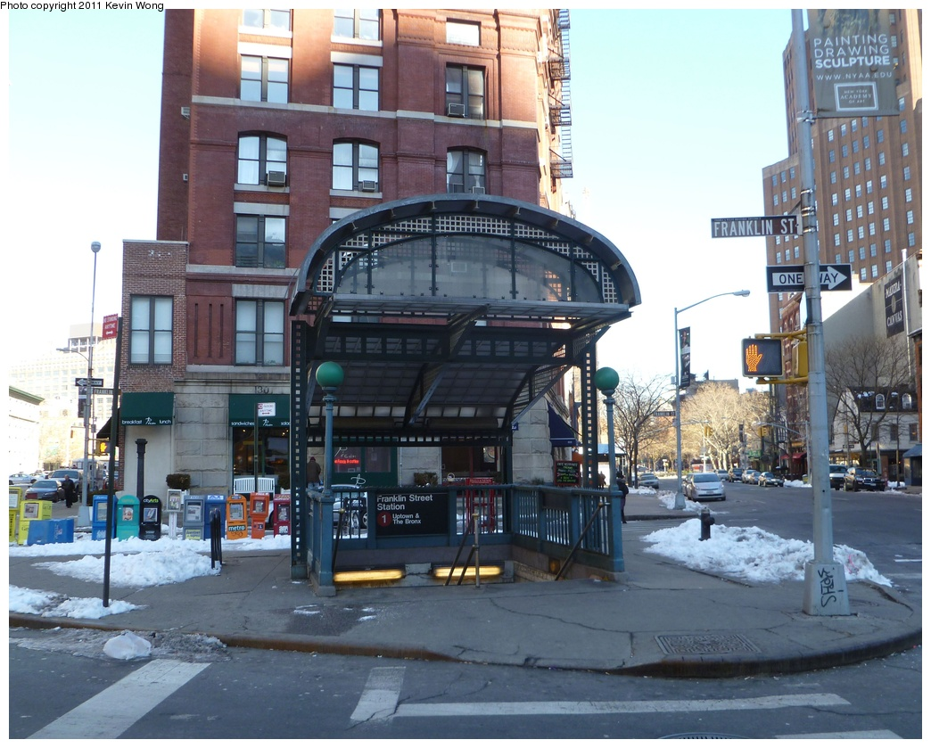 (350k, 1044x839)<br><b>Country:</b> United States<br><b>City:</b> New York<br><b>System:</b> New York City Transit<br><b>Line:</b> IRT West Side Line<br><b>Location:</b> Franklin Street <br><b>Photo by:</b> Kevin Wong<br><b>Date:</b> 1/17/2011<br><b>Notes:</b> Station entrance.<br><b>Viewed (this week/total):</b> 2 / 1546
