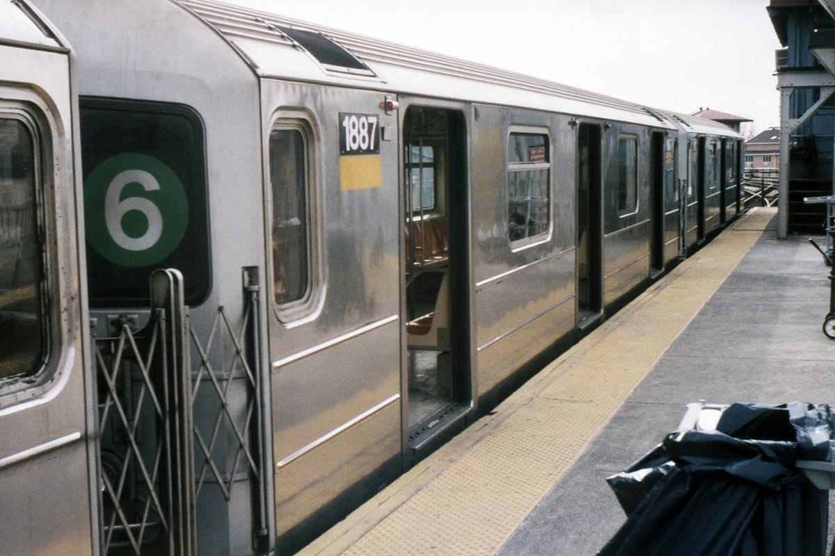 (492k, 1024x682)<br><b>Country:</b> United States<br><b>City:</b> New York<br><b>System:</b> New York City Transit<br><b>Line:</b> IRT Pelham Line<br><b>Location:</b> Pelham Bay Park <br><b>Route:</b> 6<br><b>Car:</b> R-62A (Bombardier, 1984-1987)  1887 <br><b>Collection of:</b> David Pirmann<br><b>Viewed (this week/total):</b> 1 / 1484