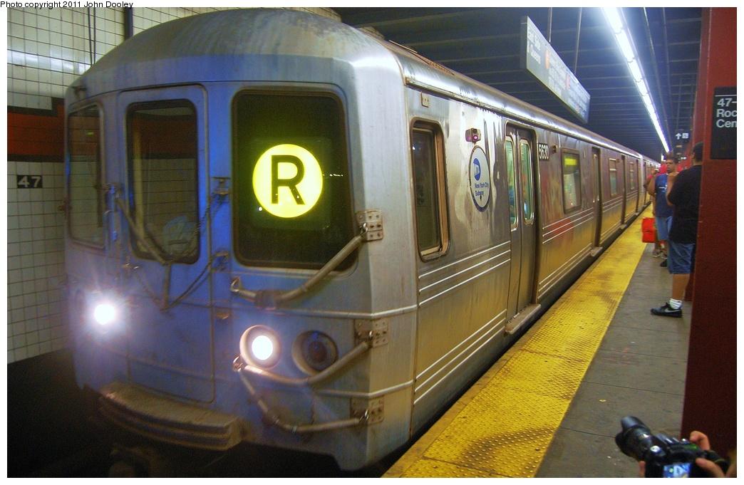 (312k, 1044x681)<br><b>Country:</b> United States<br><b>City:</b> New York<br><b>System:</b> New York City Transit<br><b>Line:</b> IND 6th Avenue Line<br><b>Location:</b> 47-50th Street/Rockefeller Center <br><b>Route:</b> R reroute<br><b>Car:</b> R-46 (Pullman-Standard, 1974-75) 5630 <br><b>Photo by:</b> John Dooley<br><b>Date:</b> 7/23/2011<br><b>Viewed (this week/total):</b> 0 / 1075