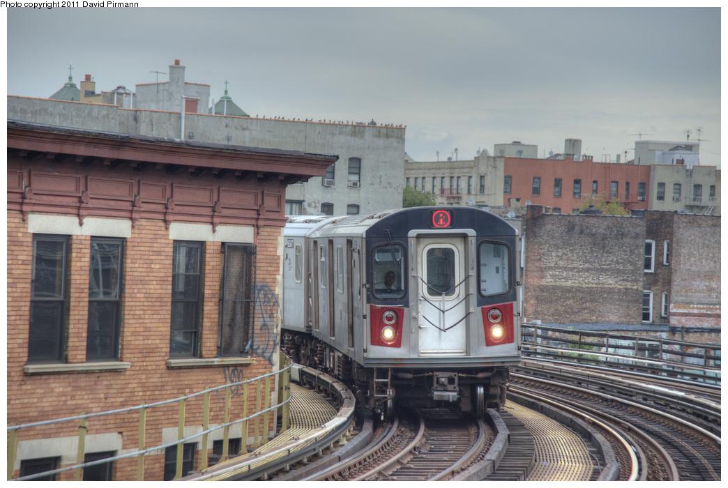 (328k, 1044x700)<br><b>Country:</b> United States<br><b>City:</b> New York<br><b>System:</b> New York City Transit<br><b>Line:</b> IRT White Plains Road Line<br><b>Location:</b> Simpson Street <br><b>Route:</b> 2<br><b>Car:</b> R-142 (Primary Order, Bombardier, 1999-2002)  6586 <br><b>Photo by:</b> David Pirmann<br><b>Date:</b> 9/24/2011<br><b>Viewed (this week/total):</b> 0 / 1323
