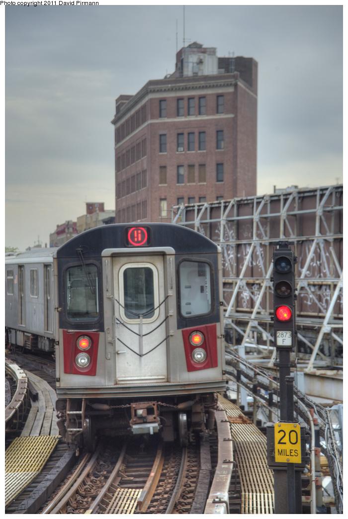 (288k, 700x1044)<br><b>Country:</b> United States<br><b>City:</b> New York<br><b>System:</b> New York City Transit<br><b>Line:</b> IRT White Plains Road Line<br><b>Location:</b> Simpson Street <br><b>Route:</b> 5<br><b>Car:</b> R-142 (Primary Order, Bombardier, 1999-2002)  6976 <br><b>Photo by:</b> David Pirmann<br><b>Date:</b> 9/24/2011<br><b>Viewed (this week/total):</b> 3 / 1100
