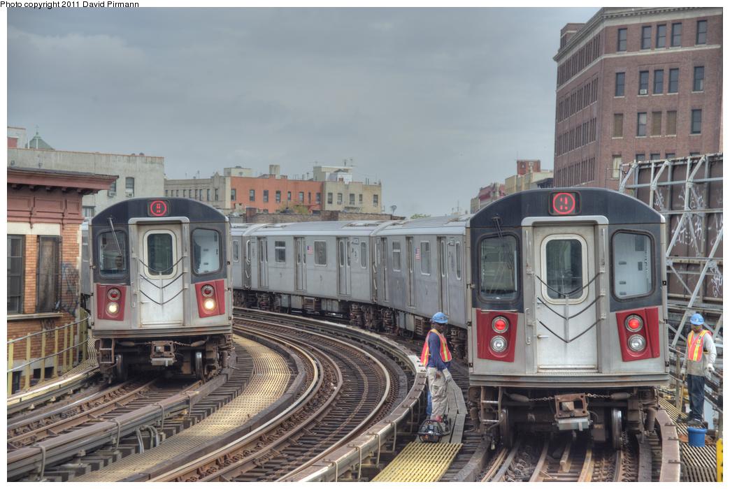 (343k, 1044x700)<br><b>Country:</b> United States<br><b>City:</b> New York<br><b>System:</b> New York City Transit<br><b>Line:</b> IRT White Plains Road Line<br><b>Location:</b> Simpson Street <br><b>Route:</b> 5/2<br><b>Car:</b> R-142 (Primary Order, Bombardier, 1999-2002)  6775/6606 <br><b>Photo by:</b> David Pirmann<br><b>Date:</b> 9/24/2011<br><b>Viewed (this week/total):</b> 0 / 1114