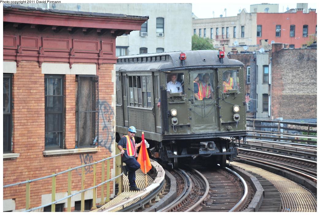 (398k, 1044x701)<br><b>Country:</b> United States<br><b>City:</b> New York<br><b>System:</b> New York City Transit<br><b>Line:</b> IRT White Plains Road Line<br><b>Location:</b> Simpson Street <br><b>Route:</b> Fan Trip<br><b>Car:</b> Low-V (Museum Train) 5292 <br><b>Photo by:</b> David Pirmann<br><b>Date:</b> 9/24/2011<br><b>Viewed (this week/total):</b> 0 / 1316