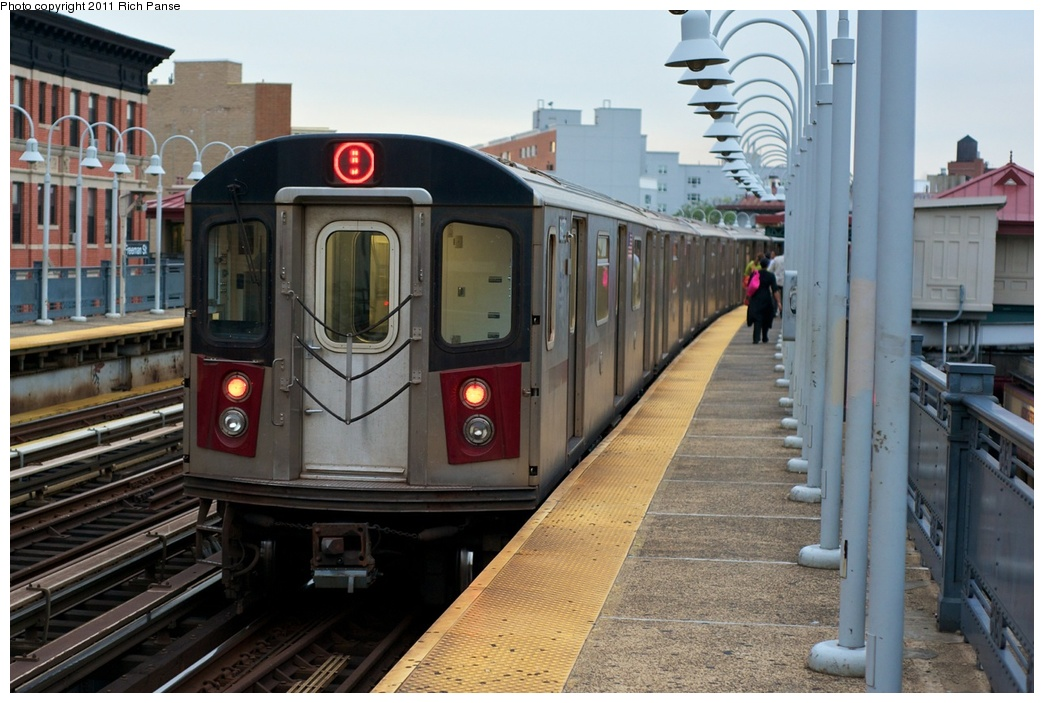 (261k, 1044x703)<br><b>Country:</b> United States<br><b>City:</b> New York<br><b>System:</b> New York City Transit<br><b>Line:</b> IRT White Plains Road Line<br><b>Location:</b> Freeman Street <br><b>Route:</b> 5<br><b>Car:</b> R-142 (Primary Order, Bombardier, 1999-2002)  6970 <br><b>Photo by:</b> Richard Panse<br><b>Date:</b> 9/25/2011<br><b>Viewed (this week/total):</b> 0 / 1312
