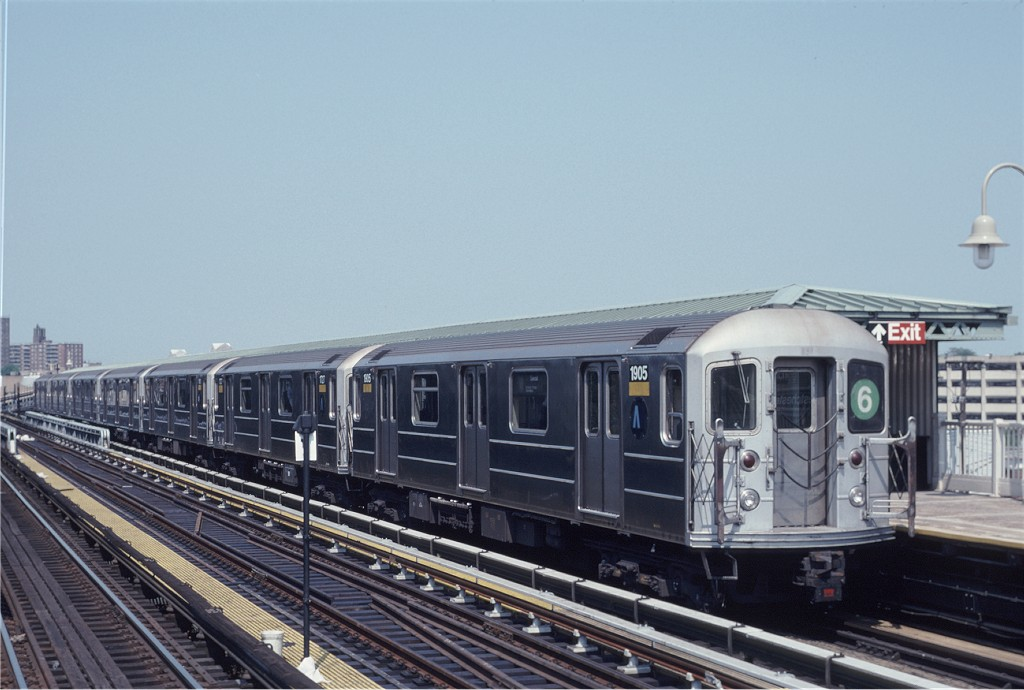 (159k, 1024x690)<br><b>Country:</b> United States<br><b>City:</b> New York<br><b>System:</b> New York City Transit<br><b>Line:</b> IRT Pelham Line<br><b>Location:</b> Westchester Square <br><b>Route:</b> 6<br><b>Car:</b> R-62A (Bombardier, 1984-1987)  1905 <br><b>Photo by:</b> Eric Oszustowicz<br><b>Collection of:</b> Joe Testagrose<br><b>Date:</b> 6/8/1996<br><b>Viewed (this week/total):</b> 1 / 1712