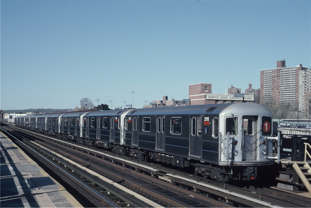 (165k, 1024x684)<br><b>Country:</b> United States<br><b>City:</b> New York<br><b>System:</b> New York City Transit<br><b>Line:</b> IRT West Side Line<br><b>Location:</b> 231st Street <br><b>Route:</b> 1<br><b>Car:</b> R-62A (Bombardier, 1984-1987)  2315 <br><b>Photo by:</b> Eric Oszustowicz<br><b>Collection of:</b> Joe Testagrose<br><b>Date:</b> 4/27/1996<br><b>Viewed (this week/total):</b> 2 / 1428