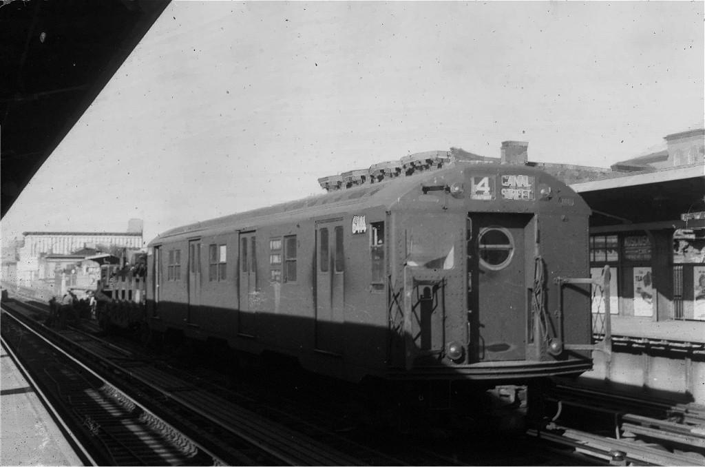 (130k, 1024x678)<br><b>Country:</b> United States<br><b>City:</b> New York<br><b>System:</b> New York City Transit<br><b>Line:</b> BMT Nassau Street/Jamaica Line<br><b>Location:</b> Kosciuszko Street <br><b>Car:</b> R-16 (American Car & Foundry, 1955) 6414 <br><b>Collection of:</b> Joe Testagrose<br><b>Viewed (this week/total):</b> 2 / 1005