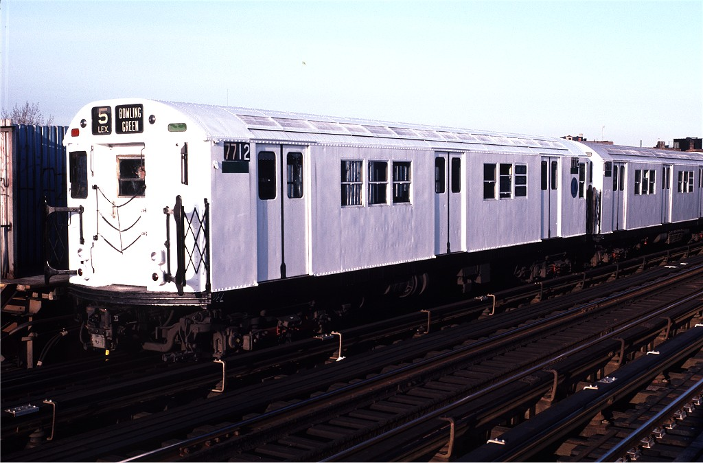 (167k, 1024x674)<br><b>Country:</b> United States<br><b>City:</b> New York<br><b>System:</b> New York City Transit<br><b>Line:</b> IRT White Plains Road Line<br><b>Location:</b> Intervale Avenue <br><b>Route:</b> 5<br><b>Car:</b> R-22 (St. Louis, 1957-58) 7712 <br><b>Photo by:</b> Doug Grotjahn<br><b>Collection of:</b> Joe Testagrose<br><b>Date:</b> 1/8/1983<br><b>Viewed (this week/total):</b> 0 / 1498