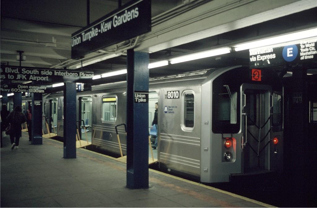 (176k, 1024x673)<br><b>Country:</b> United States<br><b>City:</b> New York<br><b>System:</b> New York City Transit<br><b>Line:</b> IND Queens Boulevard Line<br><b>Location:</b> Union Turnpike/Kew Gardens <br><b>Car:</b> R-110A (Kawasaki, 1992) 8010 <br><b>Photo by:</b> Doug Grotjahn<br><b>Collection of:</b> Joe Testagrose<br><b>Date:</b> 12/5/1992<br><b>Viewed (this week/total):</b> 3 / 3331