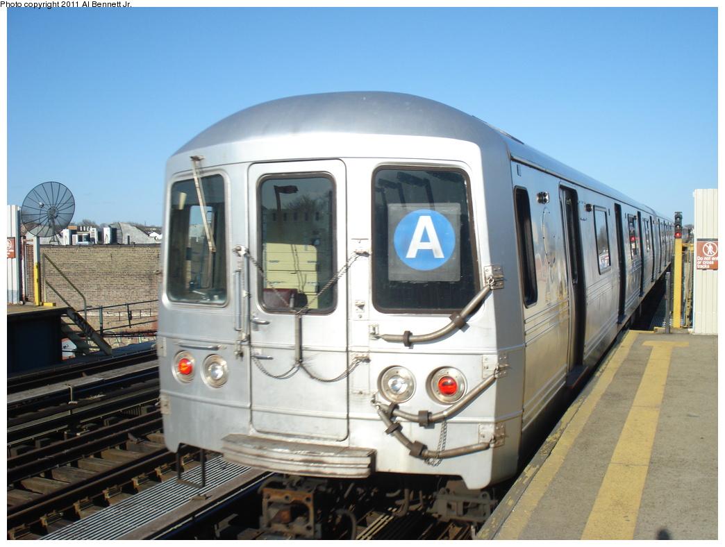 (310k, 1044x788)<br><b>Country:</b> United States<br><b>City:</b> New York<br><b>System:</b> New York City Transit<br><b>Line:</b> IND Fulton Street Line<br><b>Location:</b> 80th Street/Hudson Street <br><b>Route:</b> A<br><b>Car:</b> R-46 (Pullman-Standard, 1974-75)  <br><b>Photo by:</b> Al Bennett, Jr.<br><b>Date:</b> 4/21/2011<br><b>Viewed (this week/total):</b> 1 / 650