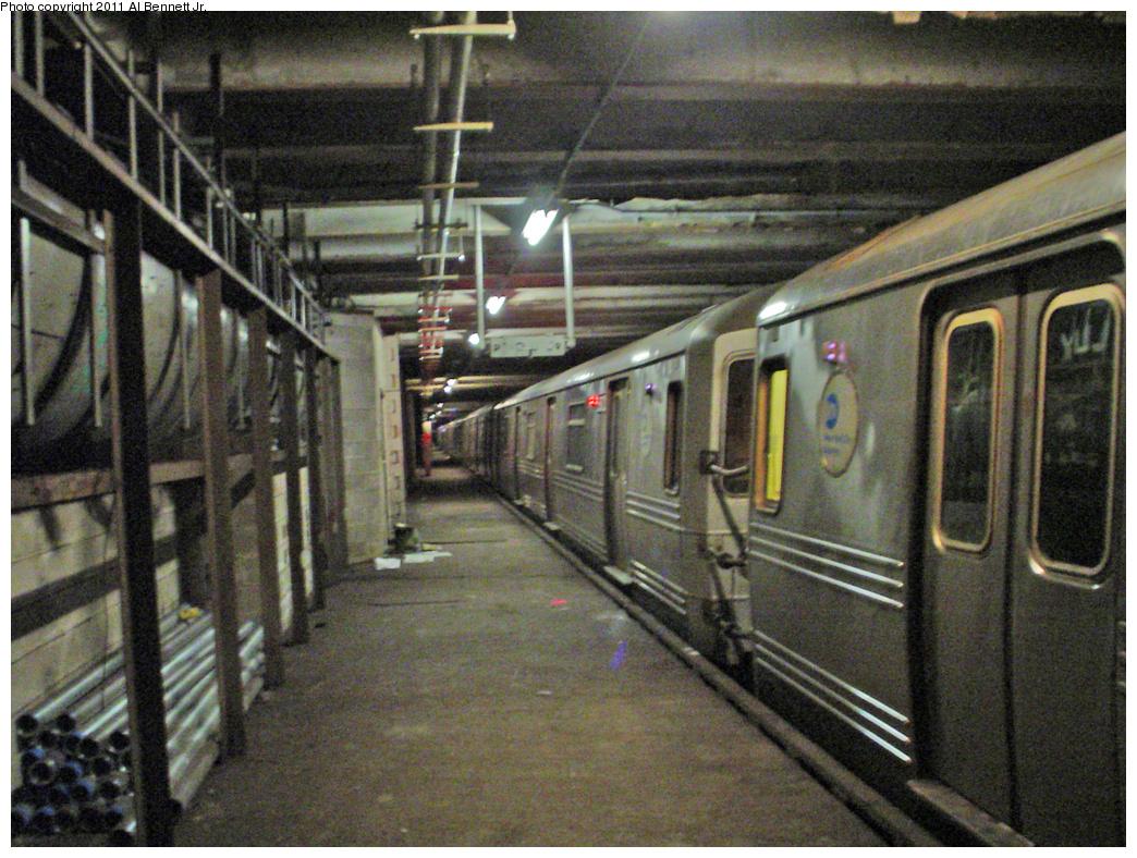 (544k, 1044x788)<br><b>Country:</b> United States<br><b>City:</b> New York<br><b>System:</b> New York City Transit<br><b>Line:</b> IND 63rd Street<br><b>Location:</b> Lexington Avenue-63rd Street <br><b>Route:</b> Layup<br><b>Car:</b> R-46 (Pullman-Standard, 1974-75)  <br><b>Photo by:</b> Al Bennett, Jr.<br><b>Date:</b> 3/19/2008<br><b>Viewed (this week/total):</b> 4 / 3220