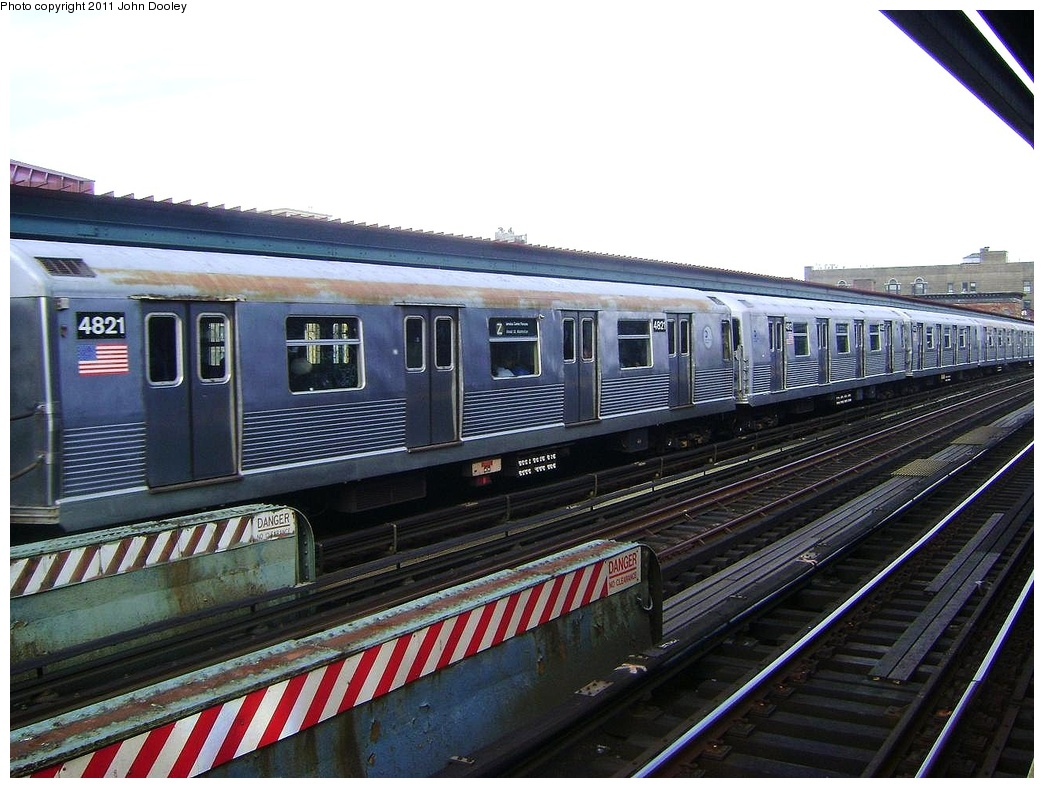 (317k, 1044x788)<br><b>Country:</b> United States<br><b>City:</b> New York<br><b>System:</b> New York City Transit<br><b>Line:</b> BMT Nassau Street/Jamaica Line<br><b>Location:</b> Flushing Avenue <br><b>Route:</b> Z<br><b>Car:</b> R-42 (St. Louis, 1969-1970)  4821 <br><b>Photo by:</b> John Dooley<br><b>Date:</b> 5/24/2011<br><b>Viewed (this week/total):</b> 2 / 668
