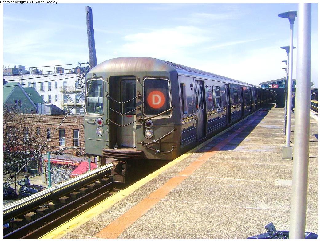 (417k, 1044x788)<br><b>Country:</b> United States<br><b>City:</b> New York<br><b>System:</b> New York City Transit<br><b>Line:</b> BMT West End Line<br><b>Location:</b> Bay Parkway <br><b>Route:</b> D<br><b>Car:</b> R-68 (Westinghouse-Amrail, 1986-1988)  2630 <br><b>Photo by:</b> John Dooley<br><b>Date:</b> 3/25/2011<br><b>Viewed (this week/total):</b> 1 / 826