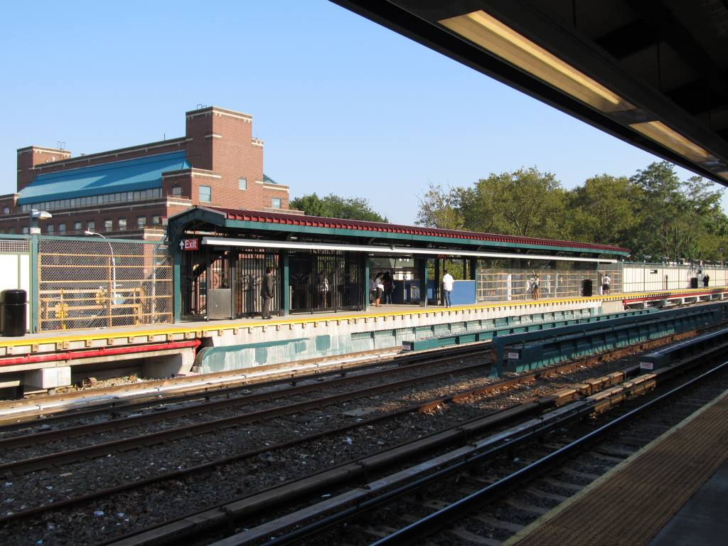 (136k, 1024x768)<br><b>Country:</b> United States<br><b>City:</b> New York<br><b>System:</b> New York City Transit<br><b>Line:</b> BMT Brighton Line<br><b>Location:</b> Avenue J <br><b>Photo by:</b> Robbie Rosenfeld<br><b>Date:</b> 9/13/2011<br><b>Notes:</b> Station renovations<br><b>Viewed (this week/total):</b> 2 / 1262