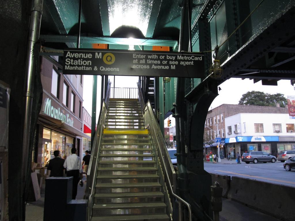 (124k, 1024x768)<br><b>Country:</b> United States<br><b>City:</b> New York<br><b>System:</b> New York City Transit<br><b>Line:</b> BMT Brighton Line<br><b>Location:</b> Avenue M <br><b>Photo by:</b> Robbie Rosenfeld<br><b>Date:</b> 9/13/2011<br><b>Notes:</b> New stairs.<br><b>Viewed (this week/total):</b> 1 / 1628