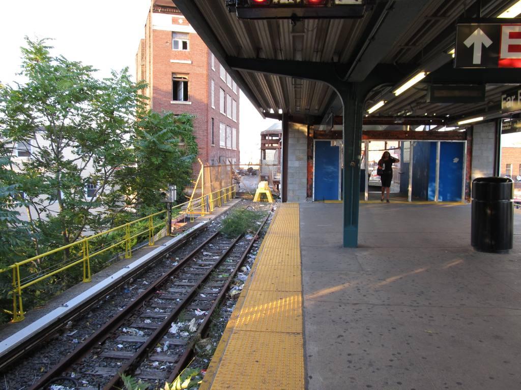 (160k, 1024x768)<br><b>Country:</b> United States<br><b>City:</b> New York<br><b>System:</b> New York City Transit<br><b>Line:</b> IND Rockaway<br><b>Location:</b> Mott Avenue/Far Rockaway <br><b>Photo by:</b> Robbie Rosenfeld<br><b>Date:</b> 8/22/2011<br><b>Notes:</b> Station renovation.<br><b>Viewed (this week/total):</b> 7 / 1198