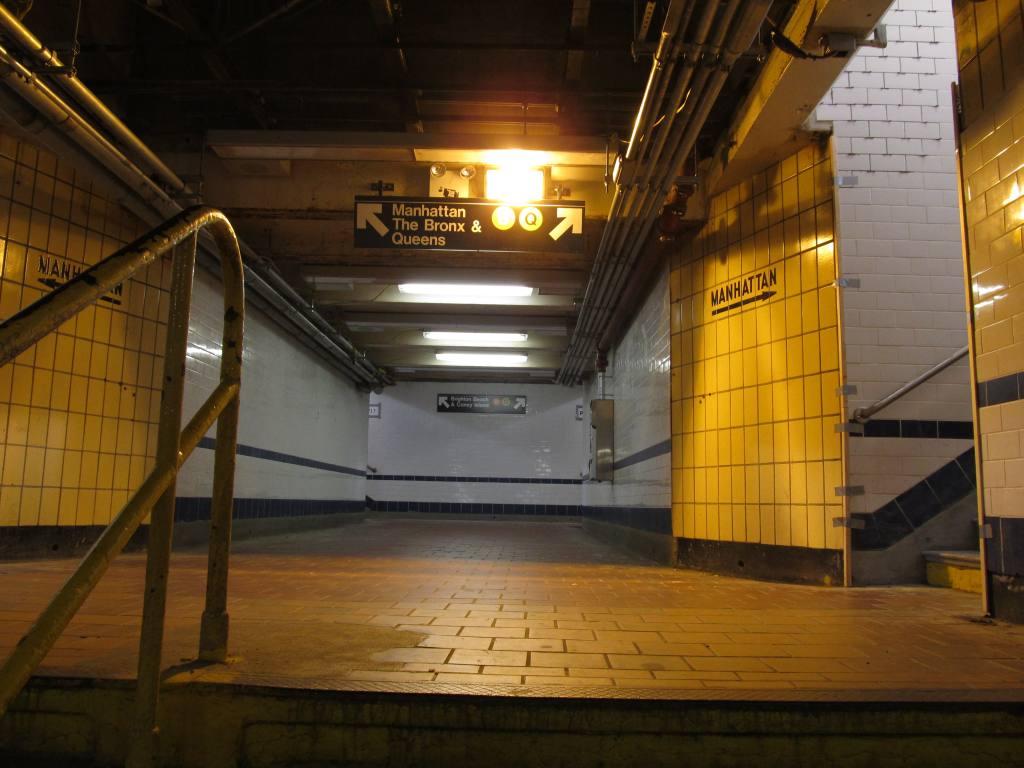 (100k, 1024x768)<br><b>Country:</b> United States<br><b>City:</b> New York<br><b>System:</b> New York City Transit<br><b>Line:</b> BMT Brighton Line<br><b>Location:</b> Kings Highway <br><b>Photo by:</b> Robbie Rosenfeld<br><b>Date:</b> 9/13/2011<br><b>Notes:</b> Underpass<br><b>Viewed (this week/total):</b> 0 / 939