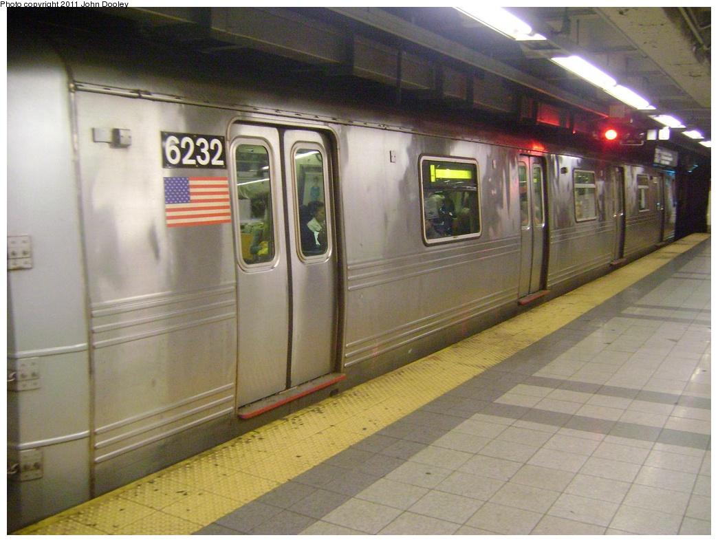(289k, 1044x788)<br><b>Country:</b> United States<br><b>City:</b> New York<br><b>System:</b> New York City Transit<br><b>Line:</b> IND 8th Avenue Line<br><b>Location:</b> Canal Street-Holland Tunnel <br><b>Route:</b> A<br><b>Car:</b> R-46 (Pullman-Standard, 1974-75) 6232 <br><b>Photo by:</b> John Dooley<br><b>Date:</b> 5/4/2011<br><b>Viewed (this week/total):</b> 1 / 1061