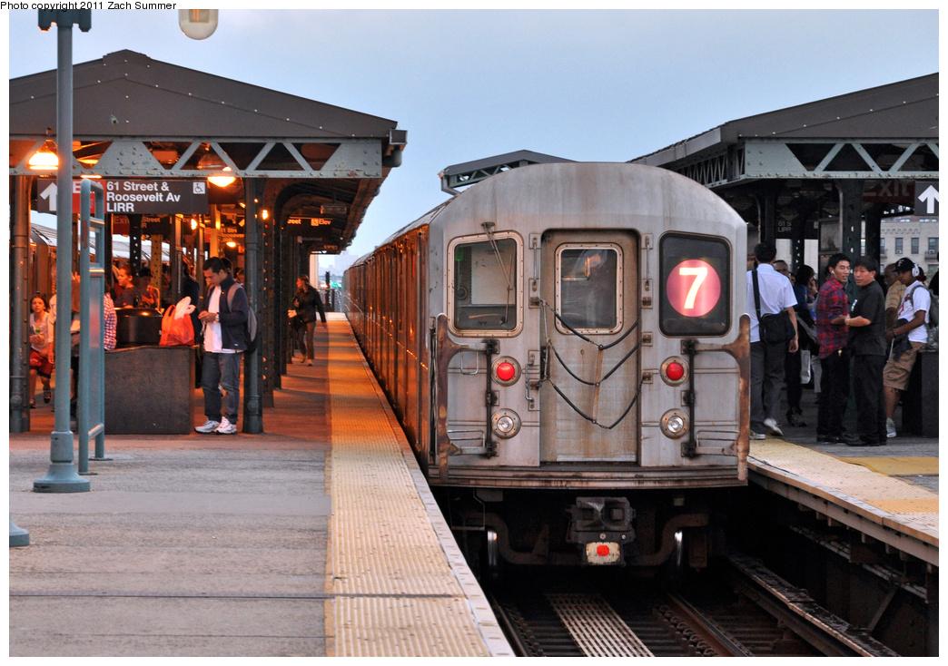 (390k, 1044x734)<br><b>Country:</b> United States<br><b>City:</b> New York<br><b>System:</b> New York City Transit<br><b>Line:</b> IRT Flushing Line<br><b>Location:</b> 61st Street/Woodside <br><b>Route:</b> 7<br><b>Car:</b> R-62A (Bombardier, 1984-1987)  1695 <br><b>Photo by:</b> Zach Summer<br><b>Date:</b> 9/30/2011<br><b>Viewed (this week/total):</b> 1 / 1099