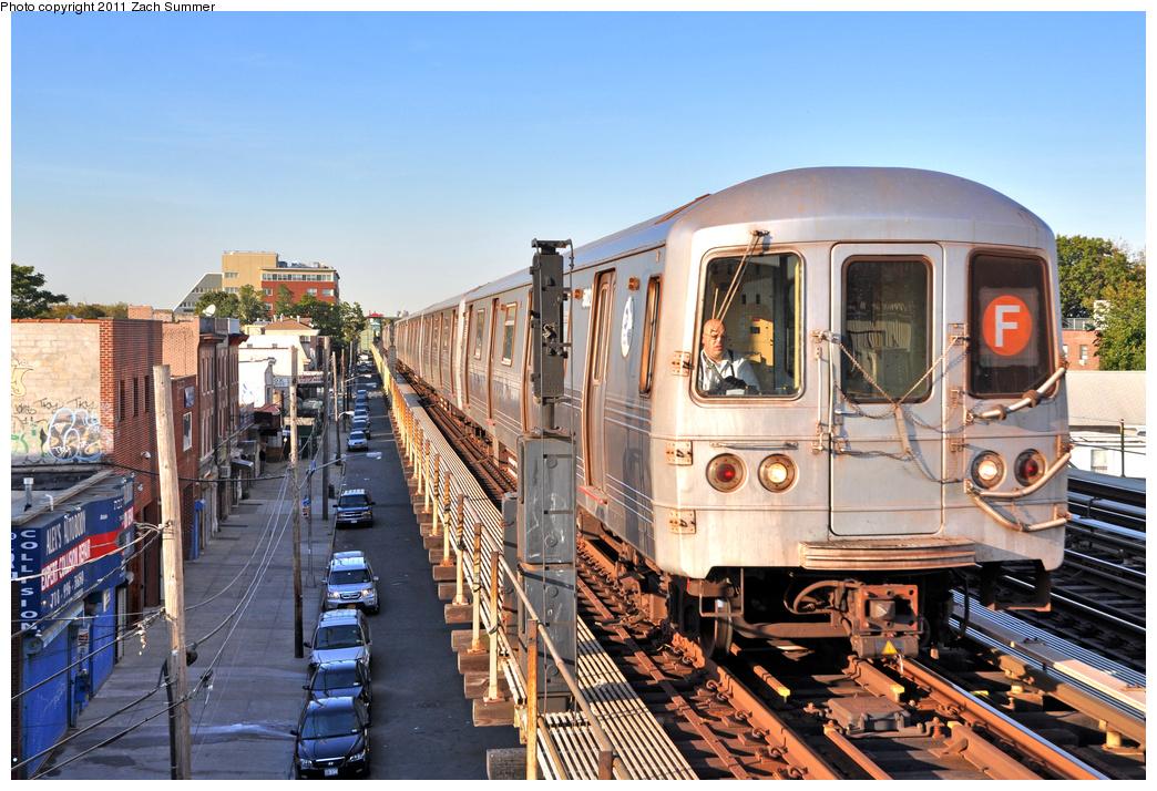 (437k, 1044x714)<br><b>Country:</b> United States<br><b>City:</b> New York<br><b>System:</b> New York City Transit<br><b>Line:</b> BMT Culver Line<br><b>Location:</b> Avenue U <br><b>Route:</b> F<br><b>Car:</b> R-46 (Pullman-Standard, 1974-75) 5802 <br><b>Photo by:</b> Zach Summer<br><b>Date:</b> 10/7/2011<br><b>Viewed (this week/total):</b> 0 / 1311