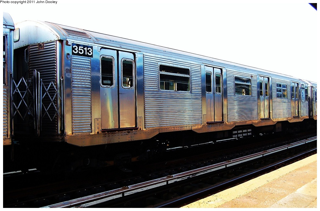 (326k, 1044x689)<br><b>Country:</b> United States<br><b>City:</b> New York<br><b>System:</b> New York City Transit<br><b>Line:</b> IND Fulton Street Line<br><b>Location:</b> 104th Street/Oxford Ave. <br><b>Route:</b> Layup<br><b>Car:</b> R-32 (Budd, 1964)  3513 <br><b>Photo by:</b> John Dooley<br><b>Date:</b> 8/20/2011<br><b>Viewed (this week/total):</b> 1 / 727