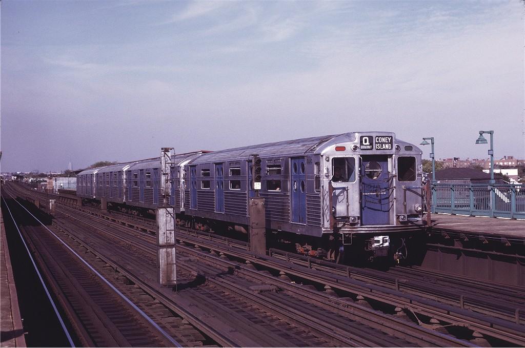 (199k, 1024x679)<br><b>Country:</b> United States<br><b>City:</b> New York<br><b>System:</b> New York City Transit<br><b>Line:</b> BMT Culver Line<br><b>Location:</b> Bay Parkway (22nd Avenue) <br><b>Route:</b> Fan Trip<br><b>Car:</b> R-11 (Budd, 1949) 8016 <br><b>Photo by:</b> Joe Testagrose<br><b>Date:</b> 10/21/1972<br><b>Viewed (this week/total):</b> 0 / 975