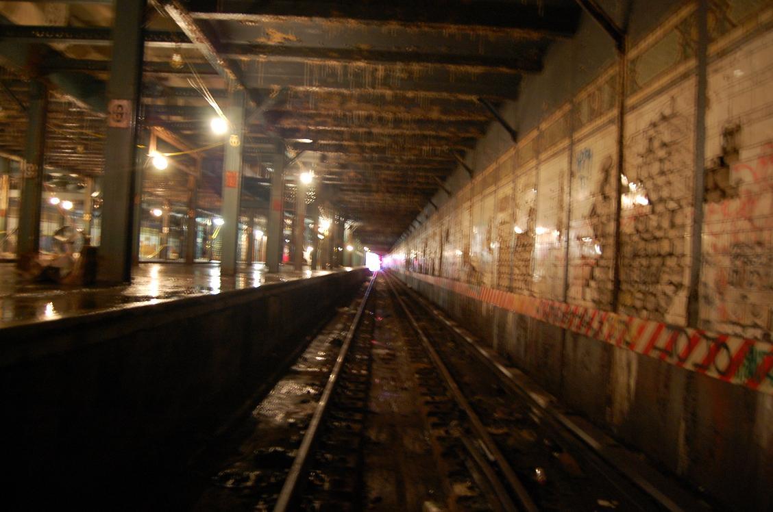 (136k, 1128x748)<br><b>Country:</b> United States<br><b>City:</b> New York<br><b>System:</b> New York City Transit<br><b>Line:</b> BMT Culver Line<br><b>Location:</b> 9th Avenue (Lower Level) <br><b>Collection of:</b> John Dooley<br><b>Date:</b> 12/12/2010<br><b>Viewed (this week/total):</b> 0 / 3243
