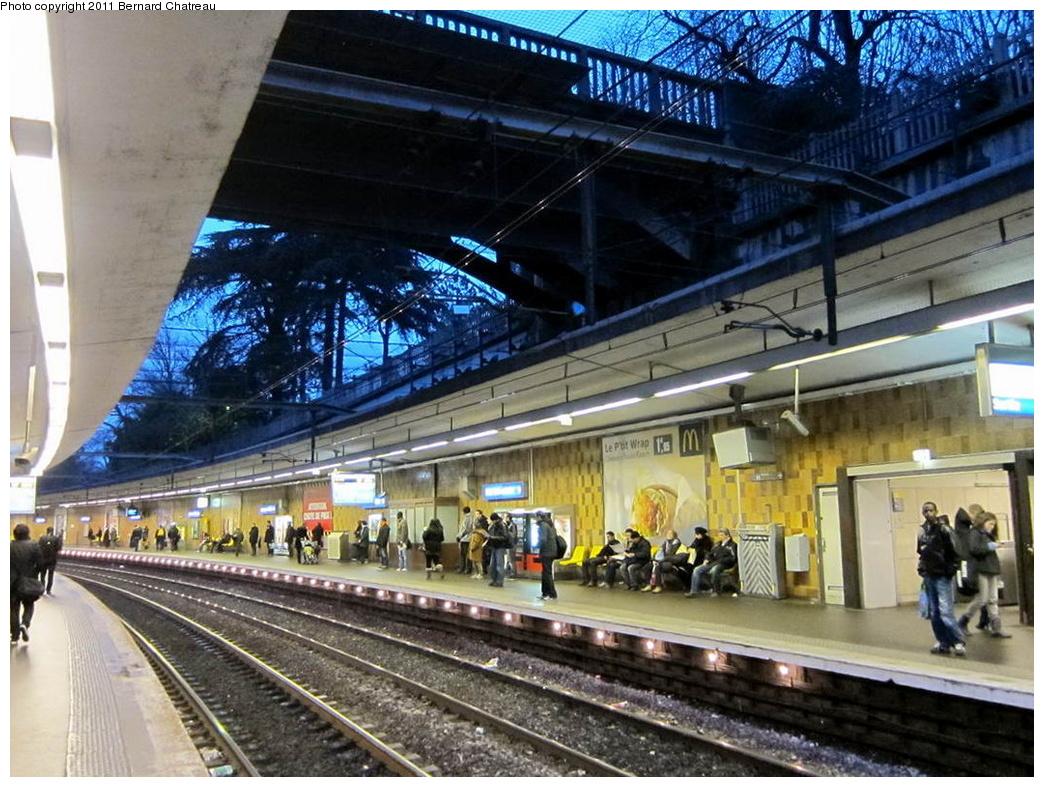 (361k, 1044x787)<br><b>Country:</b> France<br><b>City:</b> Paris<br><b>System:</b> SNCF/Transilien<br><b>Line:</b> RER B<br><b>Location:</b> Cité Universitaire<br><b>Photo by:</b> Bernard Chatreau<br><b>Date:</b> 1/13/2010<br><b>Viewed (this week/total):</b> 1 / 333