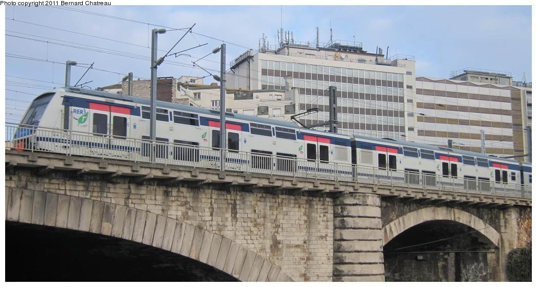 (249k, 1044x559)<br><b>Country:</b> France<br><b>City:</b> Paris<br><b>System:</b> SNCF/Transilien<br><b>Line:</b> RER E<br><b>Location:</b> Pantin <br><b>Car:</b>  Z225xx <br><b>Photo by:</b> Bernard Chatreau<br><b>Date:</b> 12/3/2010<br><b>Viewed (this week/total):</b> 2 / 380