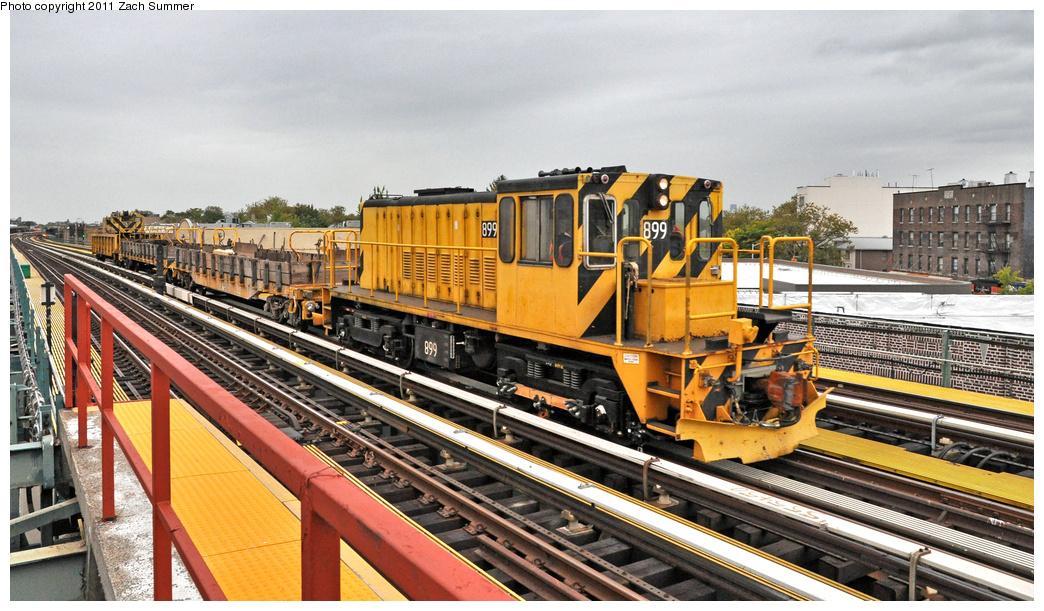 (407k, 1044x611)<br><b>Country:</b> United States<br><b>City:</b> New York<br><b>System:</b> New York City Transit<br><b>Line:</b> BMT West End Line<br><b>Location:</b> 50th Street <br><b>Route:</b> Work Service<br><b>Car:</b> R-77 Locomotive  899 <br><b>Photo by:</b> Zach Summer<br><b>Date:</b> 10/12/2011<br><b>Viewed (this week/total):</b> 1 / 664