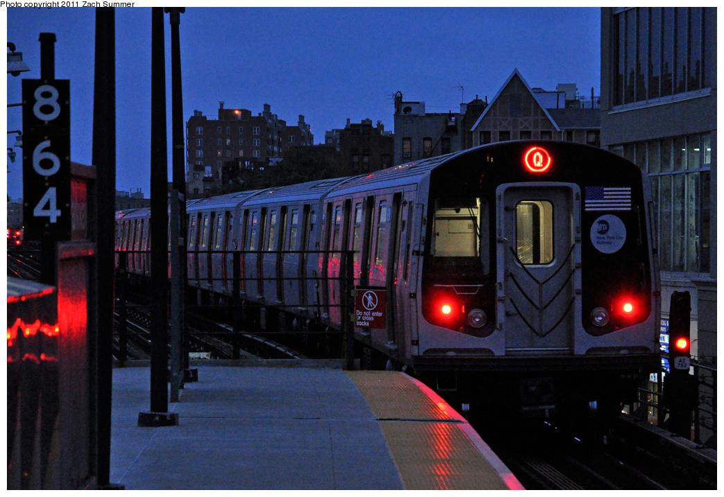 (362k, 1044x717)<br><b>Country:</b> United States<br><b>City:</b> New York<br><b>System:</b> New York City Transit<br><b>Line:</b> BMT Brighton Line<br><b>Location:</b> Ocean Parkway <br><b>Route:</b> Q<br><b>Car:</b> R-160A/R-160B Series (Number Unknown)  <br><b>Photo by:</b> Zach Summer<br><b>Date:</b> 10/12/2011<br><b>Viewed (this week/total):</b> 1 / 1095