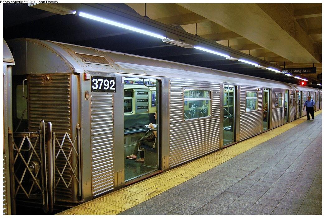 (407k, 1044x701)<br><b>Country:</b> United States<br><b>City:</b> New York<br><b>System:</b> New York City Transit<br><b>Line:</b> IND 8th Avenue Line<br><b>Location:</b> 207th Street <br><b>Route:</b> A<br><b>Car:</b> R-32 (Budd, 1964)  3792 <br><b>Photo by:</b> John Dooley<br><b>Date:</b> 8/15/2011<br><b>Viewed (this week/total):</b> 0 / 657