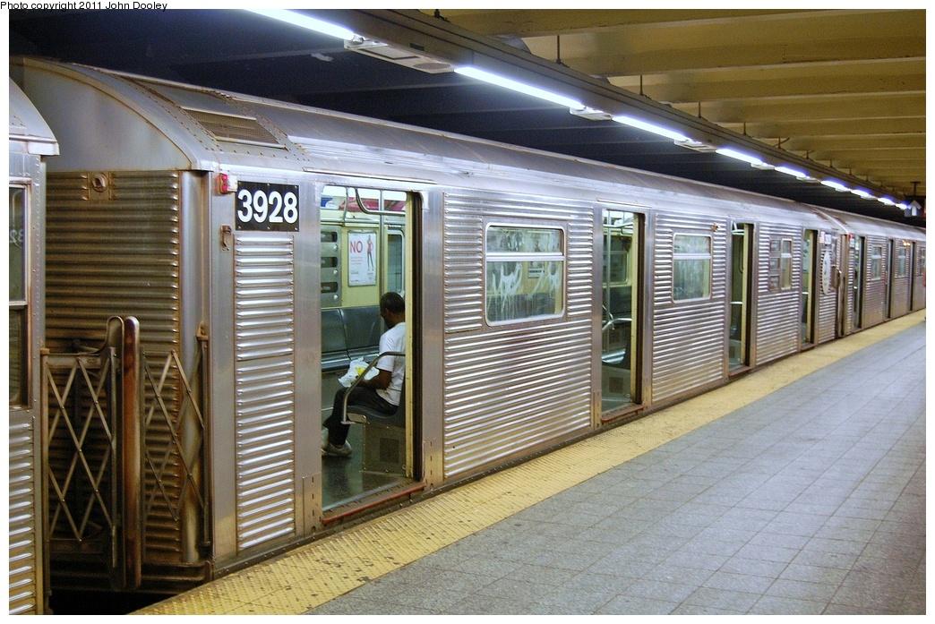 (367k, 1044x697)<br><b>Country:</b> United States<br><b>City:</b> New York<br><b>System:</b> New York City Transit<br><b>Line:</b> IND 8th Avenue Line<br><b>Location:</b> 207th Street <br><b>Route:</b> A<br><b>Car:</b> R-32 (Budd, 1964)  3928 <br><b>Photo by:</b> John Dooley<br><b>Date:</b> 8/15/2011<br><b>Viewed (this week/total):</b> 0 / 668