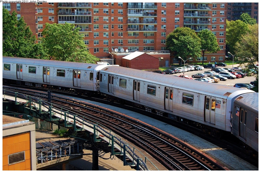 (475k, 1044x694)<br><b>Country:</b> United States<br><b>City:</b> New York<br><b>System:</b> New York City Transit<br><b>Line:</b> BMT Culver Line<br><b>Location:</b> West 8th Street <br><b>Route:</b> F<br><b>Car:</b> R-46 (Pullman-Standard, 1974-75) 5748 <br><b>Photo by:</b> John Dooley<br><b>Date:</b> 8/10/2011<br><b>Viewed (this week/total):</b> 1 / 779