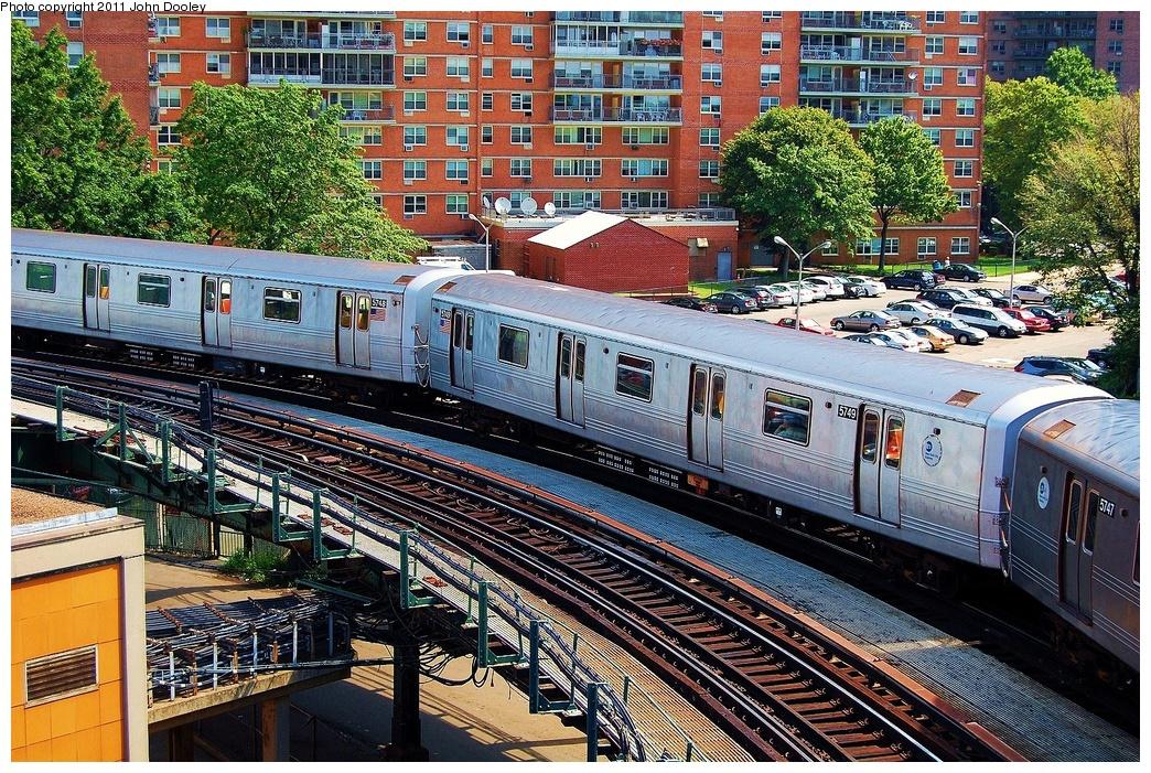 (529k, 1044x701)<br><b>Country:</b> United States<br><b>City:</b> New York<br><b>System:</b> New York City Transit<br><b>Line:</b> BMT Culver Line<br><b>Location:</b> West 8th Street <br><b>Route:</b> F<br><b>Car:</b> R-46 (Pullman-Standard, 1974-75) 5749 <br><b>Photo by:</b> John Dooley<br><b>Date:</b> 8/10/2011<br><b>Viewed (this week/total):</b> 0 / 838