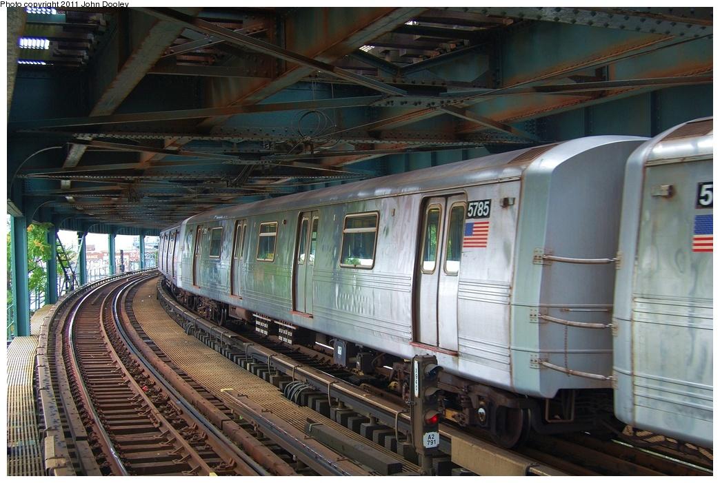 (344k, 1044x701)<br><b>Country:</b> United States<br><b>City:</b> New York<br><b>System:</b> New York City Transit<br><b>Line:</b> BMT Culver Line<br><b>Location:</b> West 8th Street <br><b>Route:</b> F<br><b>Car:</b> R-46 (Pullman-Standard, 1974-75) 5785 <br><b>Photo by:</b> John Dooley<br><b>Date:</b> 7/20/2011<br><b>Viewed (this week/total):</b> 1 / 798