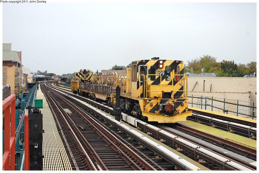 (369k, 1044x696)<br><b>Country:</b> United States<br><b>City:</b> New York<br><b>System:</b> New York City Transit<br><b>Line:</b> BMT West End Line<br><b>Location:</b> 50th Street <br><b>Route:</b> Work Service<br><b>Car:</b> R-77 Locomotive  899 <br><b>Photo by:</b> John Dooley<br><b>Date:</b> 10/12/2011<br><b>Viewed (this week/total):</b> 0 / 602