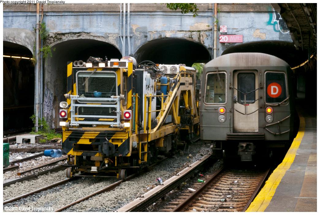 (424k, 1044x703)<br><b>Country:</b> United States<br><b>City:</b> New York<br><b>System:</b> New York City Transit<br><b>Line:</b> BMT Sea Beach Line<br><b>Location:</b> 20th Avenue <br><b>Route:</b> Work Service<br><b>Car:</b> R-125 Ballast Regulator   <br><b>Photo by:</b> David Tropiansky<br><b>Date:</b> 9/25/2011<br><b>Viewed (this week/total):</b> 0 / 1331