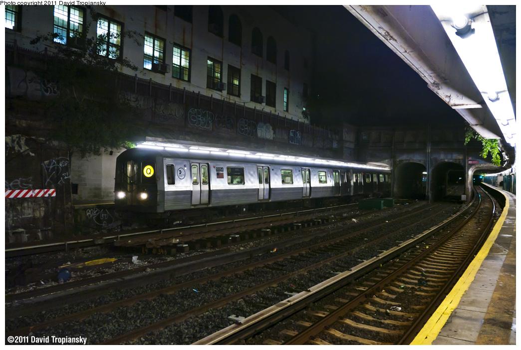 (373k, 1044x703)<br><b>Country:</b> United States<br><b>City:</b> New York<br><b>System:</b> New York City Transit<br><b>Line:</b> BMT Sea Beach Line<br><b>Location:</b> 20th Avenue <br><b>Route:</b> Q reroute<br><b>Car:</b> R-68A (Kawasaki, 1988-1989)  5054 <br><b>Photo by:</b> David Tropiansky<br><b>Date:</b> 10/2/2011<br><b>Viewed (this week/total):</b> 0 / 1609