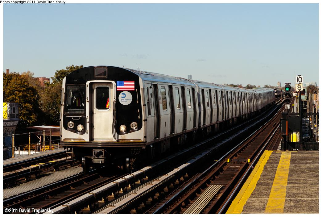 (383k, 1044x703)<br><b>Country:</b> United States<br><b>City:</b> New York<br><b>System:</b> New York City Transit<br><b>Line:</b> BMT Culver Line<br><b>Location:</b> Bay Parkway (22nd Avenue) <br><b>Route:</b> F<br><b>Car:</b> R-160B (Option 1) (Kawasaki, 2008-2009)  9088 <br><b>Photo by:</b> David Tropiansky<br><b>Date:</b> 11/4/2011<br><b>Viewed (this week/total):</b> 3 / 781