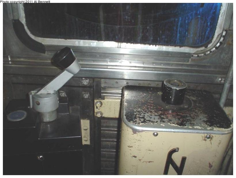 (132k, 820x620)<br><b>Country:</b> United States<br><b>City:</b> New York<br><b>System:</b> New York City Transit<br><b>Car:</b> R-32 (Budd, 1964)  3725 <br><b>Photo by:</b> Al Bennett, Jr.<br><b>Notes:</b> Motorman controls.<br><b>Viewed (this week/total):</b> 0 / 1088