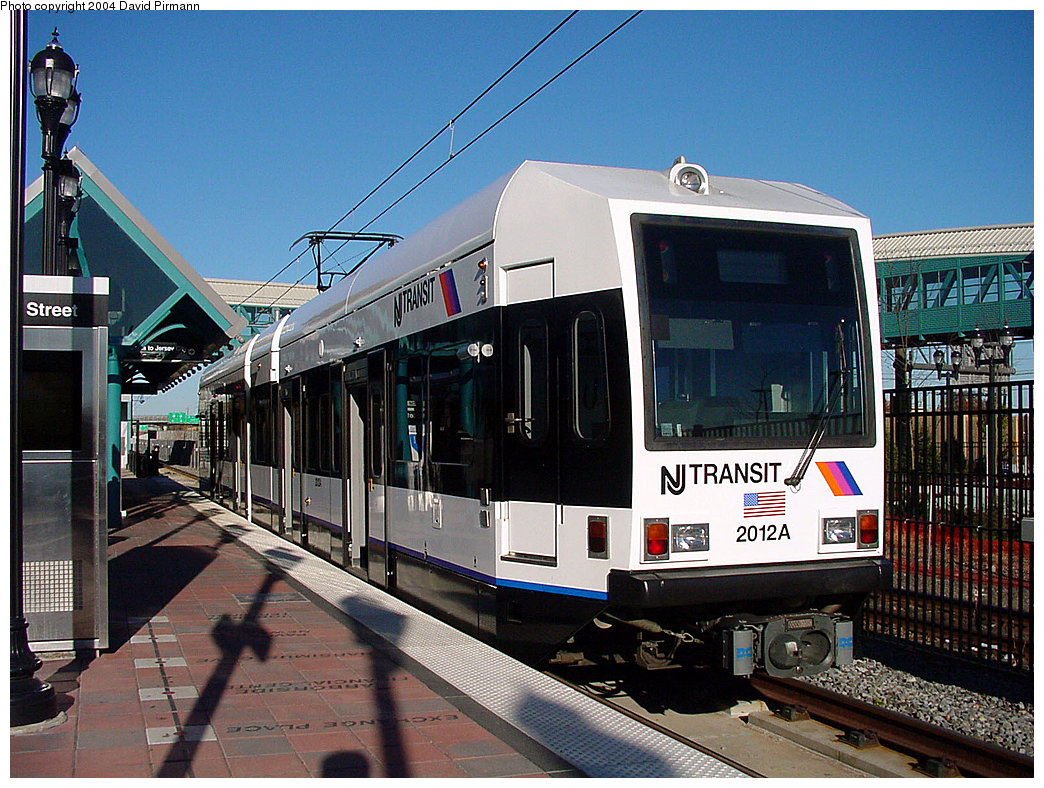 (294k, 1044x788)<br><b>Country:</b> United States<br><b>City:</b> Bayonne, NJ<br><b>System:</b> Hudson Bergen Light Rail<br><b>Location:</b> East 34th Street <br><b>Car:</b> NJT-HBLR LRV (Kinki-Sharyo, 1998-99)  2012 <br><b>Photo by:</b> David Pirmann<br><b>Date:</b> 11/11/2001<br><b>Viewed (this week/total):</b> 4 / 3768