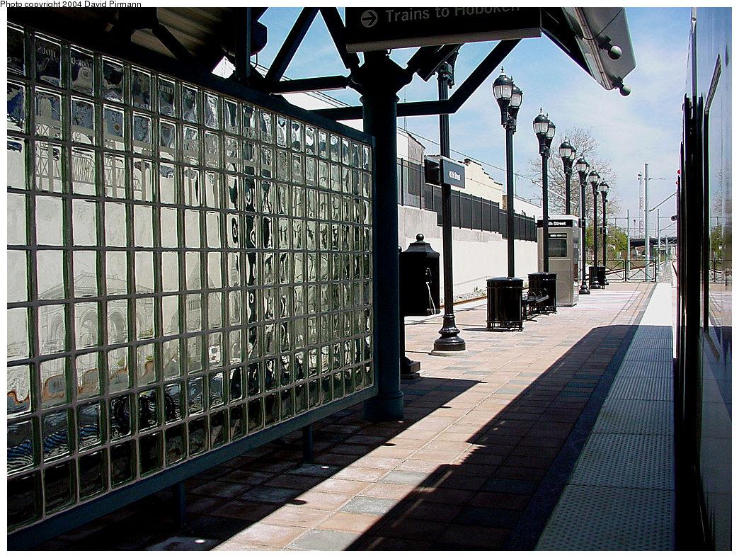 (324k, 1044x788)<br><b>Country:</b> United States<br><b>City:</b> Bayonne, NJ<br><b>System:</b> Hudson Bergen Light Rail<br><b>Location:</b> East 45th Street <br><b>Photo by:</b> David Pirmann<br><b>Date:</b> 4/29/2000<br><b>Viewed (this week/total):</b> 0 / 2932
