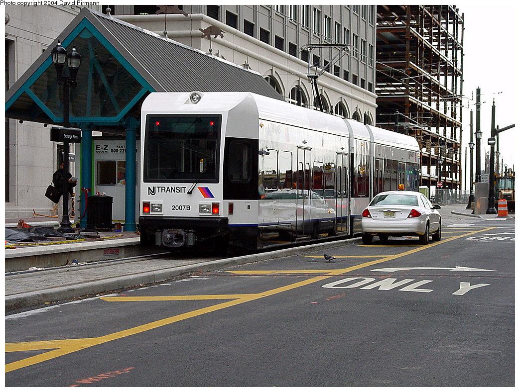 (306k, 1044x788)<br><b>Country:</b> United States<br><b>City:</b> Jersey City, NJ<br><b>System:</b> Hudson Bergen Light Rail<br><b>Location:</b> Exchange Place <br><b>Car:</b> NJT-HBLR LRV (Kinki-Sharyo, 1998-99)  2007 <br><b>Photo by:</b> David Pirmann<br><b>Date:</b> 3/26/2000<br><b>Viewed (this week/total):</b> 1 / 2725