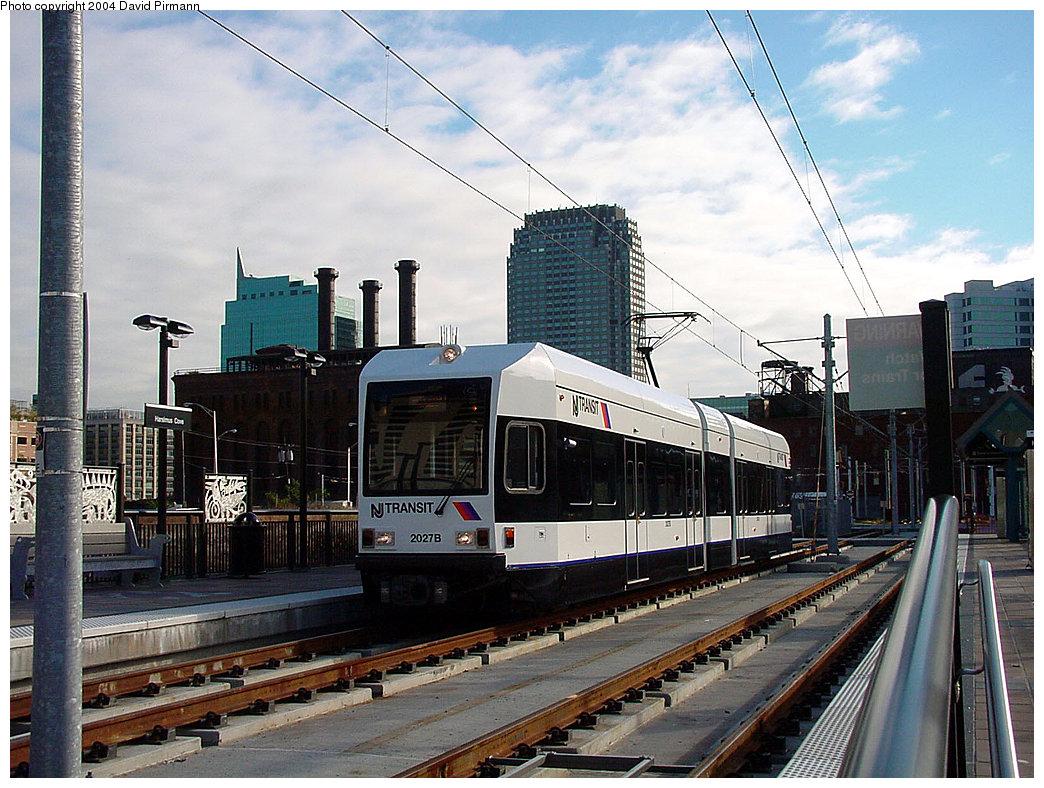 (271k, 1044x788)<br><b>Country:</b> United States<br><b>City:</b> Jersey City, NJ<br><b>System:</b> Hudson Bergen Light Rail<br><b>Location:</b> Harsimus Cove <br><b>Car:</b> NJT-HBLR LRV (Kinki-Sharyo, 1998-99)  2027 <br><b>Photo by:</b> David Pirmann<br><b>Date:</b> 11/12/2000<br><b>Viewed (this week/total):</b> 0 / 2404