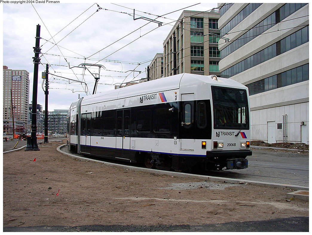 (296k, 1044x788)<br><b>Country:</b> United States<br><b>City:</b> Jersey City, NJ<br><b>System:</b> Hudson Bergen Light Rail<br><b>Location:</b> Harborside <br><b>Car:</b> NJT-HBLR LRV (Kinki-Sharyo, 1998-99)  2006 <br><b>Photo by:</b> David Pirmann<br><b>Date:</b> 3/26/2000<br><b>Viewed (this week/total):</b> 0 / 2472