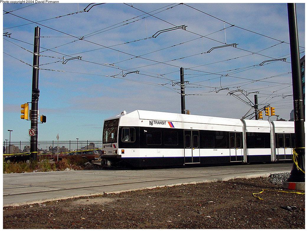(301k, 1044x788)<br><b>Country:</b> United States<br><b>City:</b> Jersey City, NJ<br><b>System:</b> Hudson Bergen Light Rail<br><b>Location:</b> Harborside <br><b>Car:</b> NJT-HBLR LRV (Kinki-Sharyo, 1998-99)  2013 <br><b>Photo by:</b> David Pirmann<br><b>Date:</b> 11/12/2000<br><b>Viewed (this week/total):</b> 0 / 2786