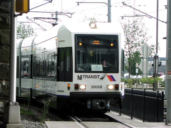 (84k, 600x450)<br><b>Country:</b> United States<br><b>City:</b> Jersey City, NJ<br><b>System:</b> Hudson Bergen Light Rail<br><b>Location:</b> Liberty State Park <br><b>Car:</b> NJT-HBLR LRV (Kinki-Sharyo, 1998-99)  2005 <br><b>Photo by:</b> Trevor Logan<br><b>Date:</b> 8/13/2001<br><b>Viewed (this week/total):</b> 1 / 2935