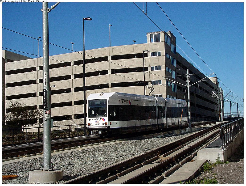 (324k, 1044x788)<br><b>Country:</b> United States<br><b>City:</b> Jersey City, NJ<br><b>System:</b> Hudson Bergen Light Rail<br><b>Location:</b> Pavonia/Newport <br><b>Car:</b> NJT-HBLR LRV (Kinki-Sharyo, 1998-99)  2013 <br><b>Photo by:</b> David Pirmann<br><b>Date:</b> 11/11/2001<br><b>Viewed (this week/total):</b> 2 / 2758